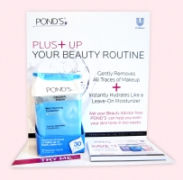 Ponds Towelettes Display
